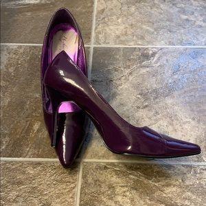 NEW LISTING! Purple Highest Heel Collection sz 10
